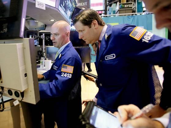 stocks1126