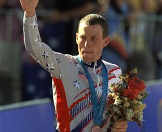 IOC delays decision to strip Lance Armstrong's medal