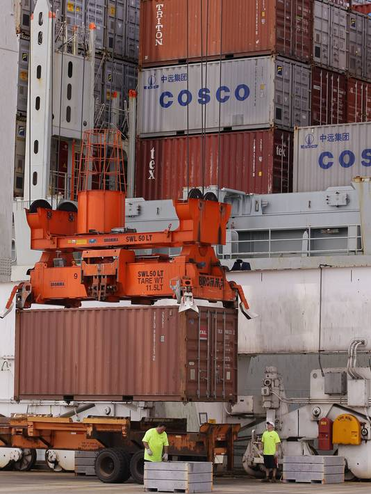 exports shipping containers