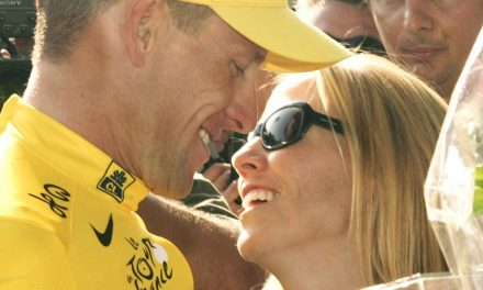 Report: Sheryl Crow saw Lance Armstrong dope