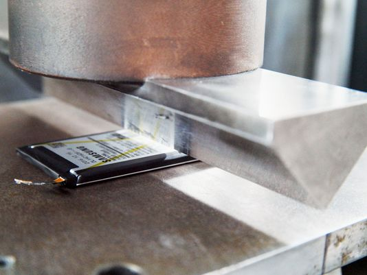 Samsung reveals cause of exploding Note 7 cellphones | Seattle Metro Magazine