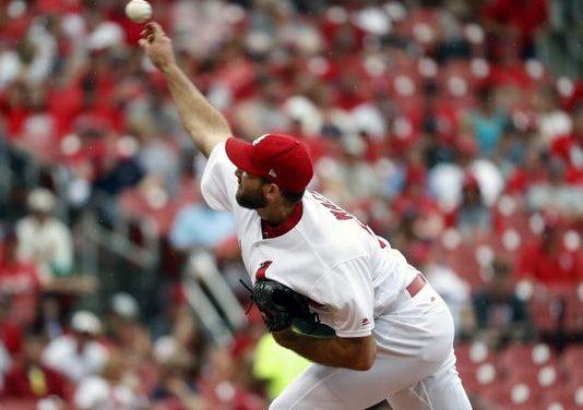 Grichuk, Gyorko homer, lead Cardinals over Reds 8-2