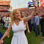 Annabel Bowlen, wife of Broncos owner Pat Bowlen, announces Alzheimer's diagnosis